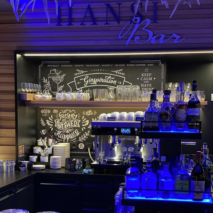 Chalkboard für Gin- und Kaffeebar @Hotel Bergkristall
